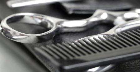 Jakimi akcesoriami posługuje się nowoczesny fryzjer?
