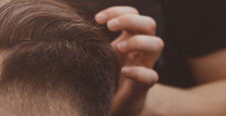 Swędząca skóra głowy - skąd ten problem?